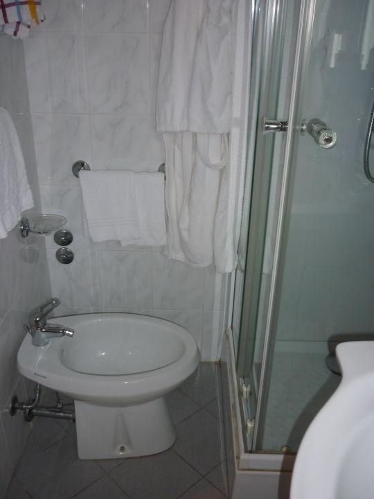 Bidet Sollte Man Nicht Benutzen Hotel Bixio Lido Di Camaiore