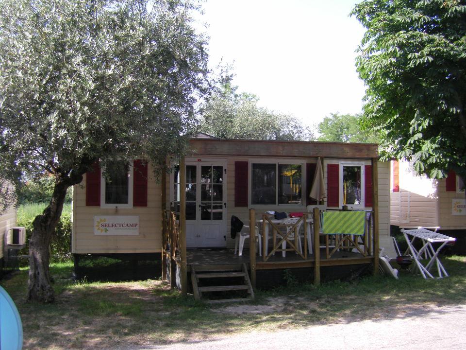 vacanceselect mobilheim camping cisano san vito. Black Bedroom Furniture Sets. Home Design Ideas