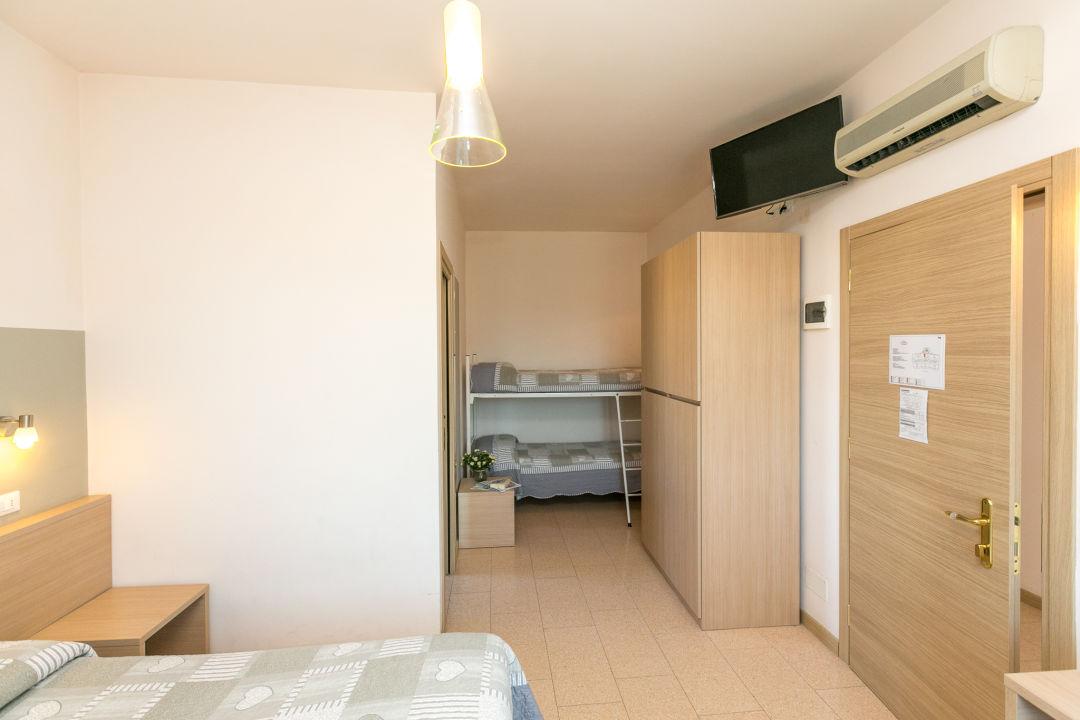 Zimmer Hotel Colonna