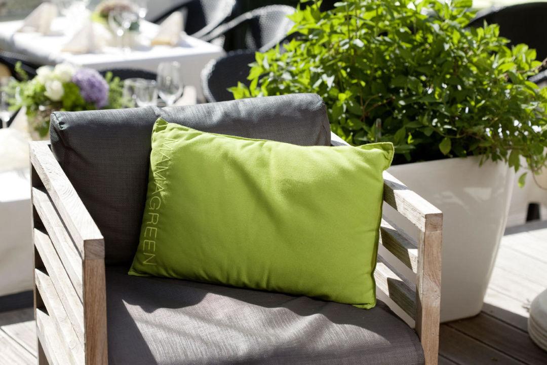 lounge terrasse hotel zum taufstein kalbach. Black Bedroom Furniture Sets. Home Design Ideas