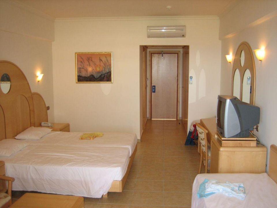 Superior zimmer hotel kalithea horizon royal kallithea for Superior zimmer