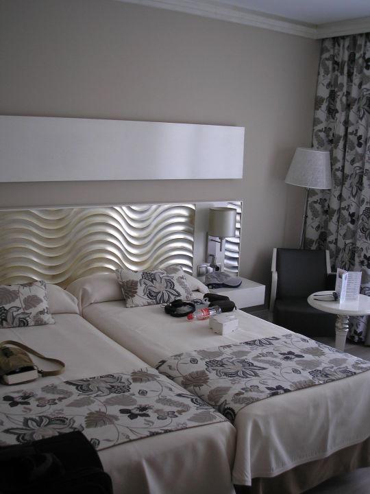 Bett hotel el coto colonia sant jordi holidaycheck mallorca spanien - Hotel el coto mallorca ...
