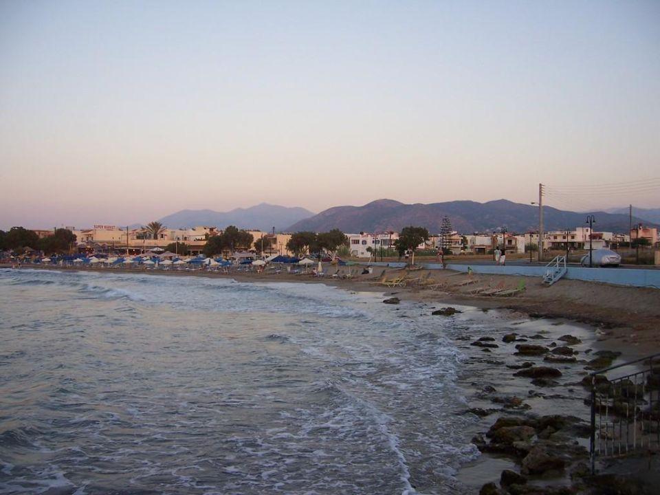 Vom Pier auf Strand Cretan Filoxenia Beach Hotel  (geschlossen)