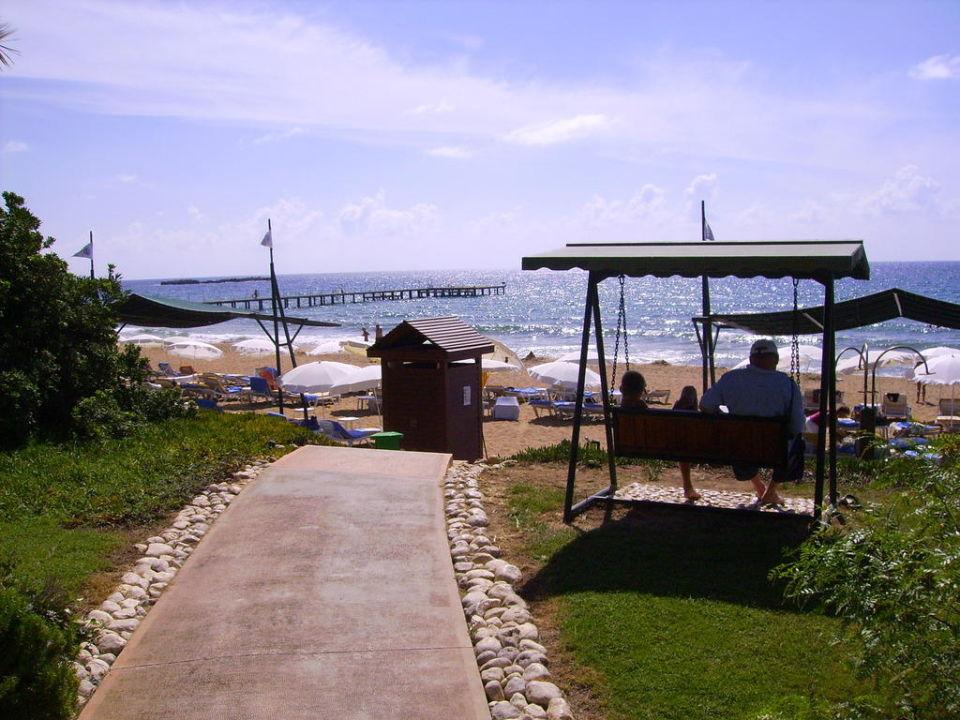 Дорога на пляж TT Hotels Pegasos Resort