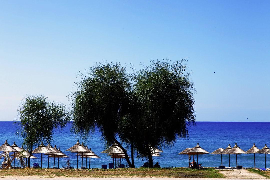 Beach Vrachos Beach Hotel
