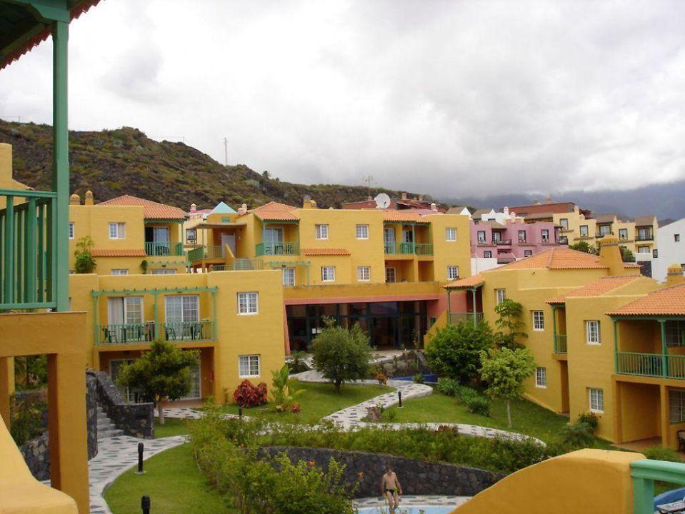 Hauptgebäude Apartamentos La Caleta