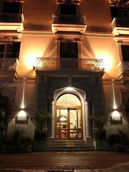 Hotel Mediterraneo, Sant'Agnello di Sorrento Hotel Mediterraneo Sorrento