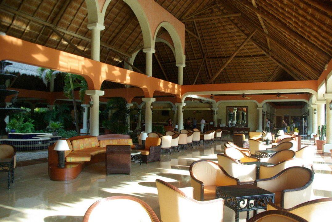Lobby Grand Palladium Colonial Resort & Spa
