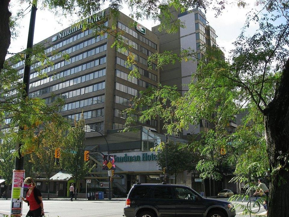 Außenansicht Sandman Hotel Vancouver City Centre