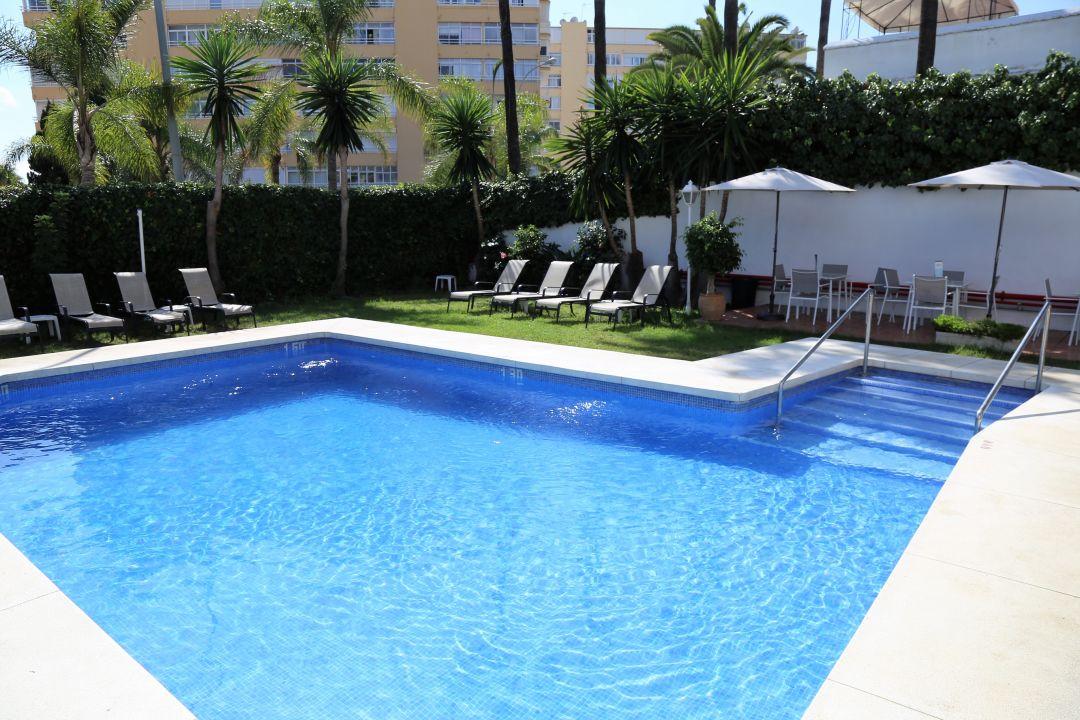 Pool Hotel Arcos de Montemar