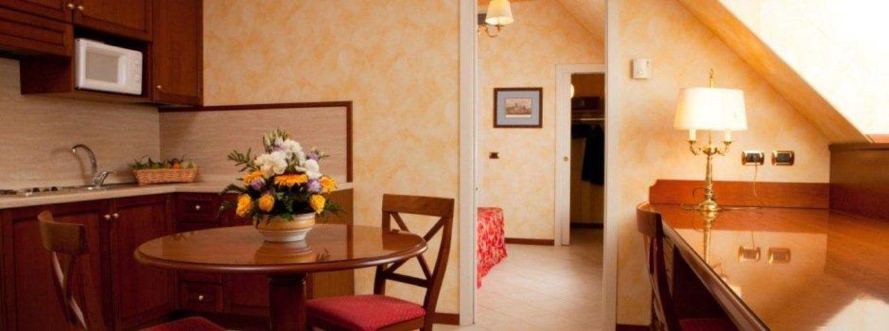 Atahotel Linea Uno UNAWAY Hotel & Residence Linea Uno  Milano