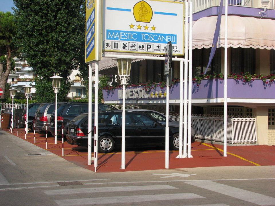 Parking Hotel Majestic