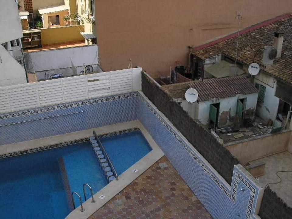 Poolumgebung Hotel Mediodia