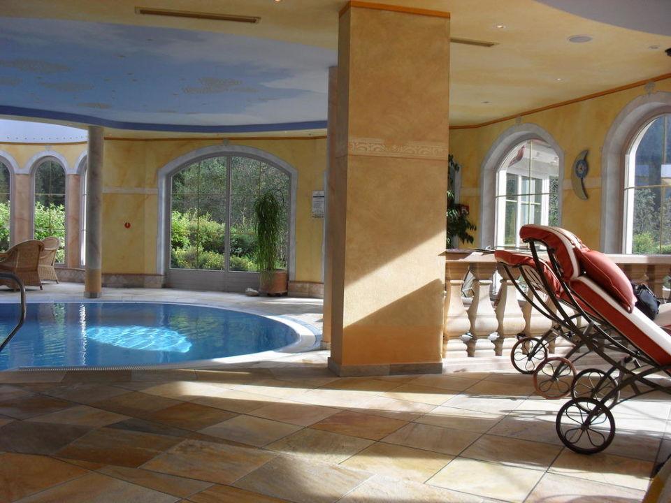 Pool im Wellnessbereich  Adler Inn Tyrol Mountain Resort