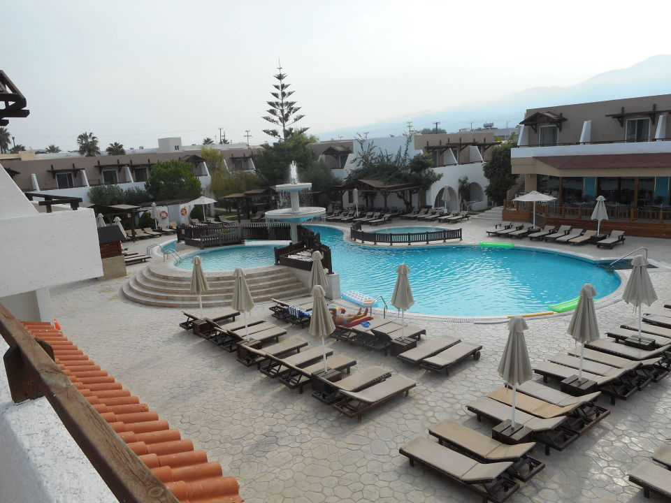 Swimming Pool Near Bar Hotel Gaia Village Tigaki Holidaycheck Kos Griechenland