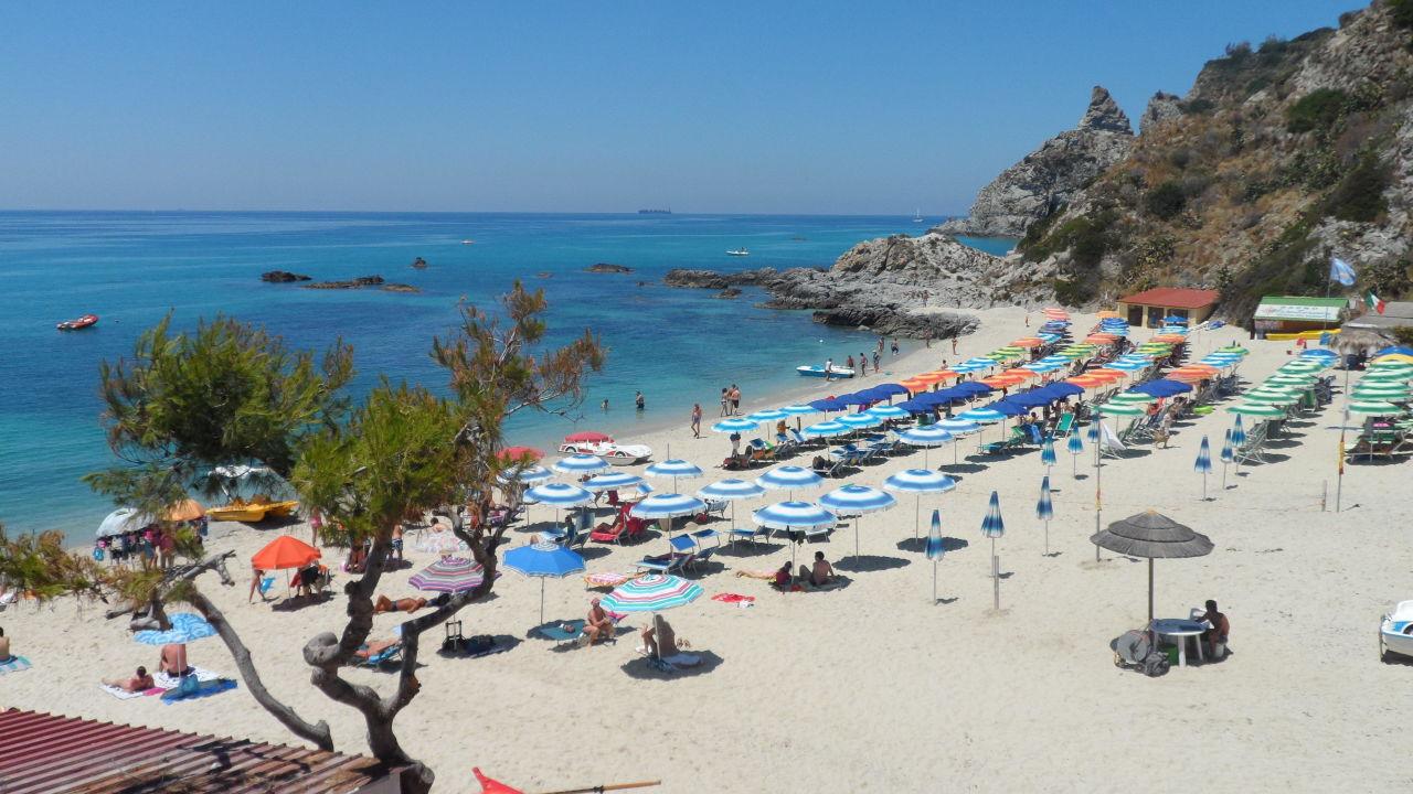 Strand von capo vaticano hotel marinella in ricadi for Design hotels kalabrien