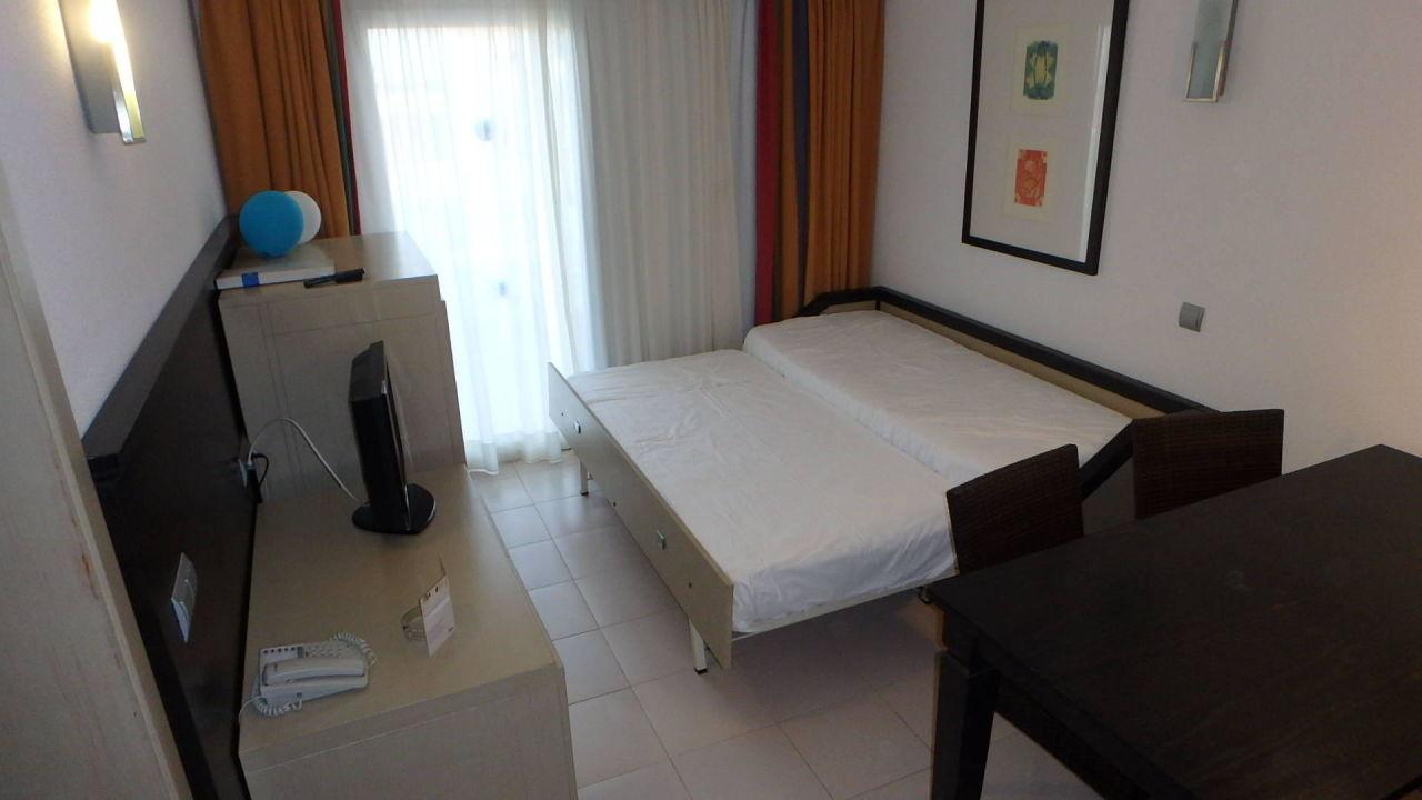 Wohnzimmer mit Schlafsofa Apartment