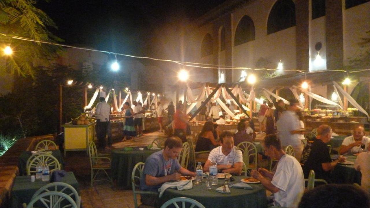 Ristorante per la cena Shams Alam Beach Resort