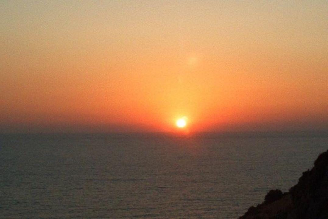 Sonnenuntergang von der Terrasse im Adakule Vista Alkoçlar Adakule Hotel