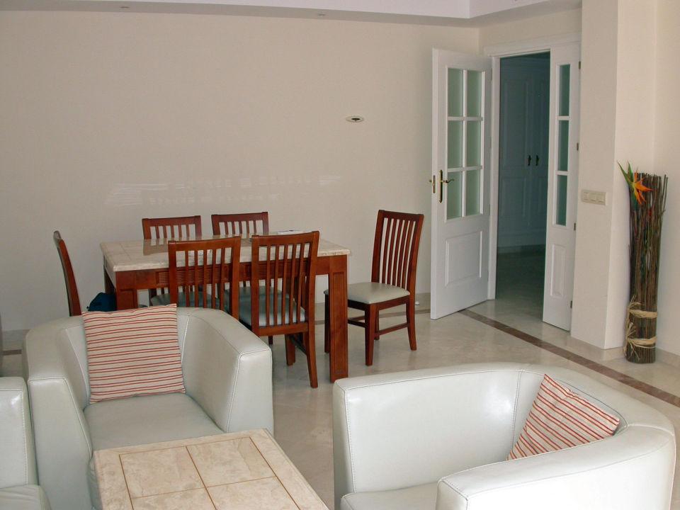 bild wohnzimmer mit essbereich zu hotel colina del
