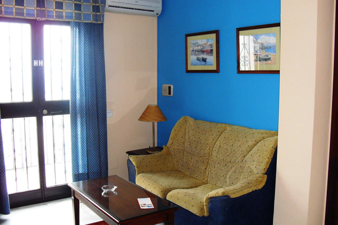 Zimmer Hotel Playamaro