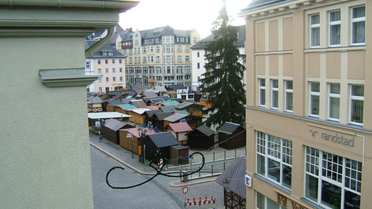 Blick von der Suite zum Marktplatz Traditionshotel Wilder Mann