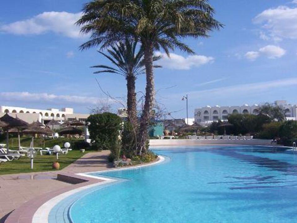 Hotel Bahia Beach - Poolanlage 2 Daphne Bahia Beach