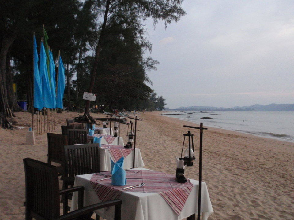 Strandrestaurant 200m nördlich vom Merlin Resort Khao Lak Merlin Resort