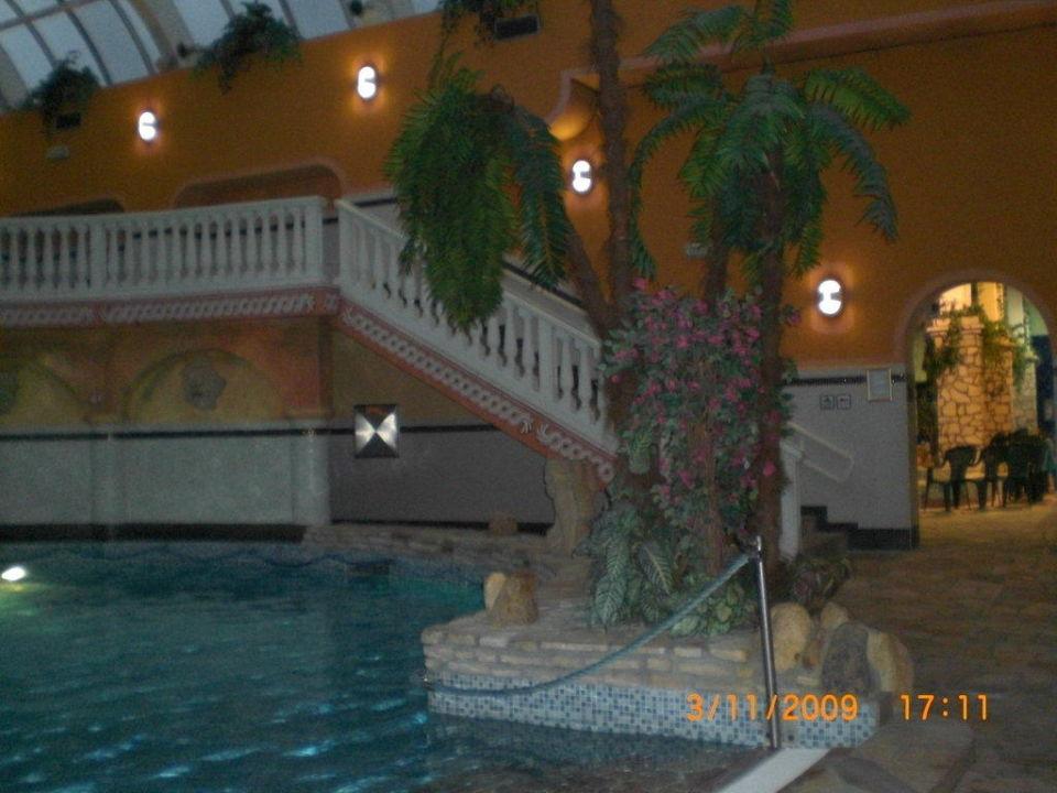 Einer der Pools WELLNESS HOTEL BABYLON