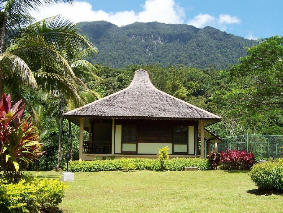 Chalet Aussen (Seitenansicht) Hotel Damai Puri Resort & Spa
