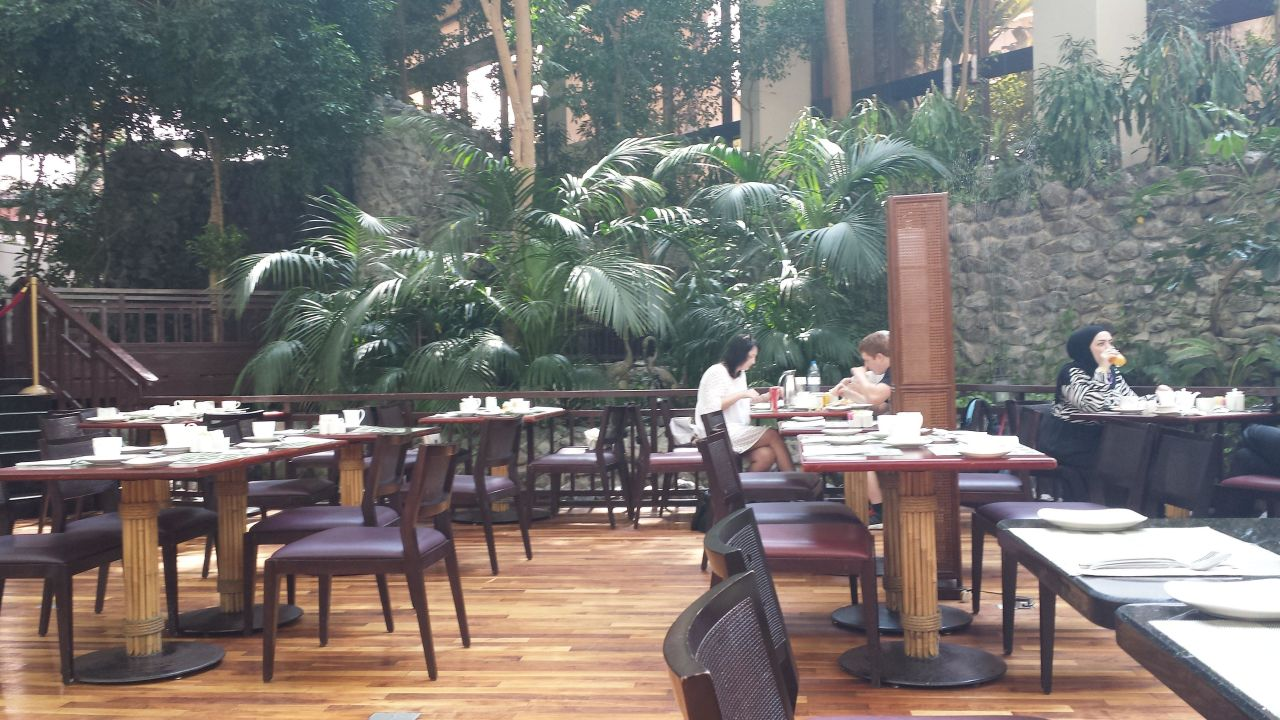 Restaurant Radisson Blu Resort Sharjah
