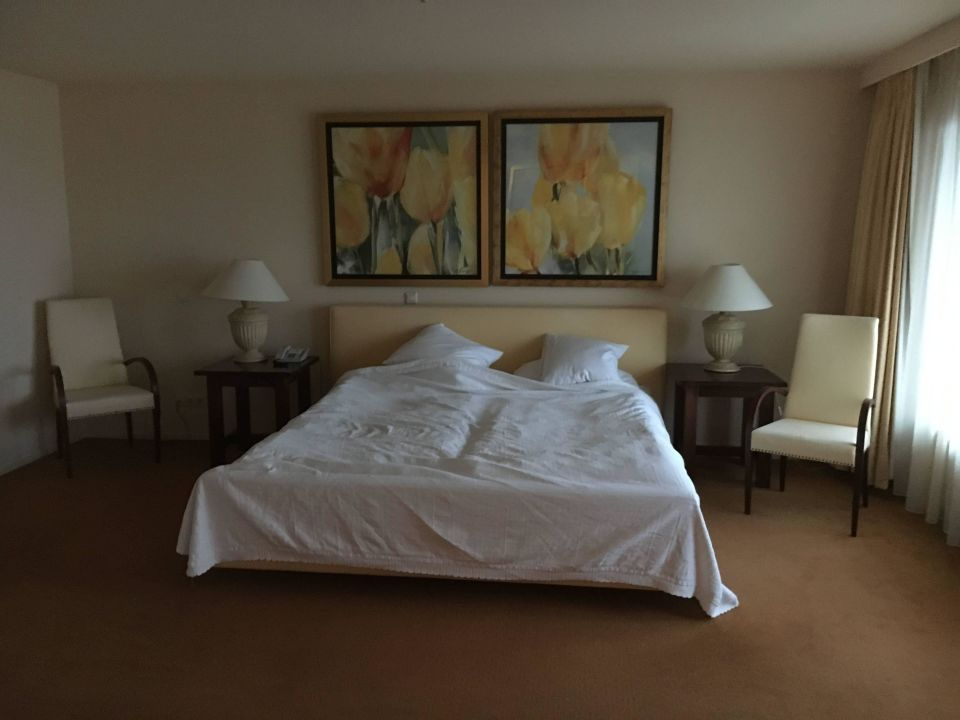 Hampshire Newport Huizen : Hampshire hotel newport huizen
