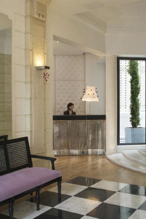 Reception Hotel Le 123 Elysees Astotel