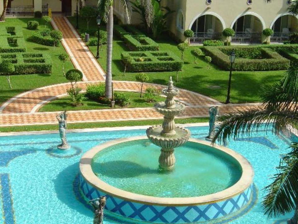Springbrunnen Im Innenhof Hotel Riu Palace Mexico