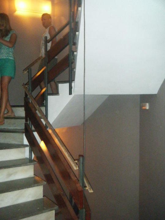 Treppe Ohne Geländer die treppe ohne geländer hotel alba seleqtta lloret de mar