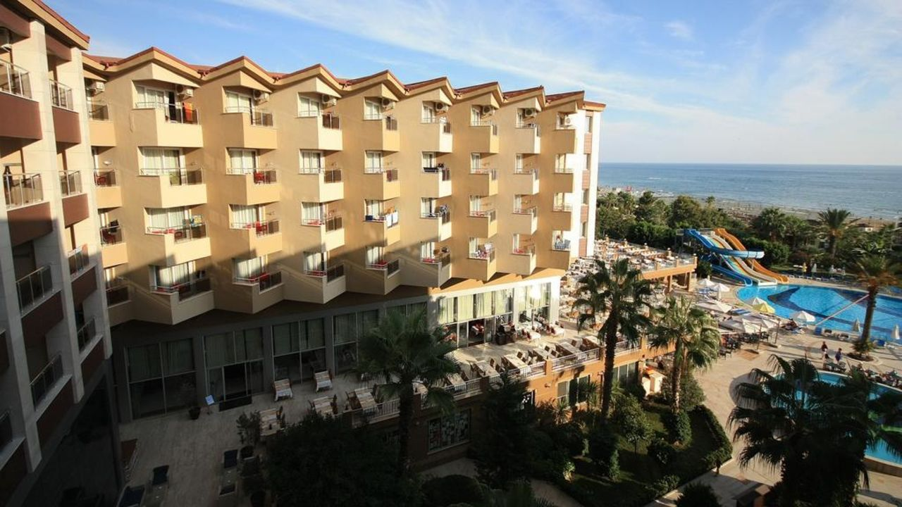 Blick vom Balkon Hotel Terrace Beach Resort