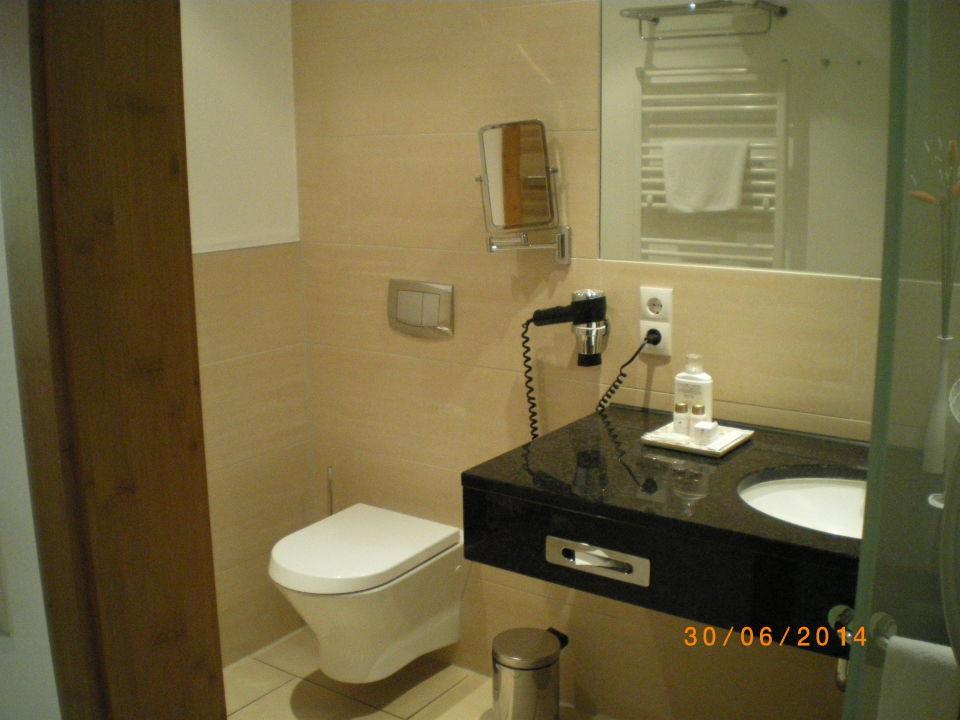 Bild man beachte die trockenschleuder f r nasse badesac for Schickes hotel
