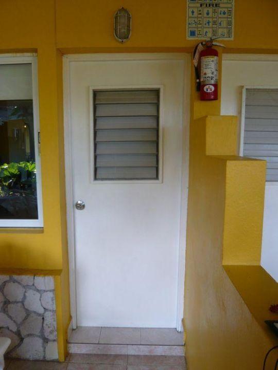 (Durchlässige) Türen des Courtyards Hotel Royal Decameron Club Caribbean