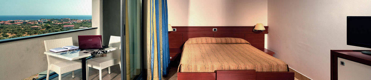 Zimmer Kalabrien Hotel Mirabeau Park
