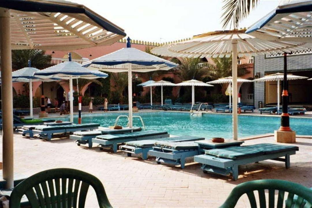 Hotel Fantasia 1001 Nacht - Pool am Tag Alf Leila Wa Leila