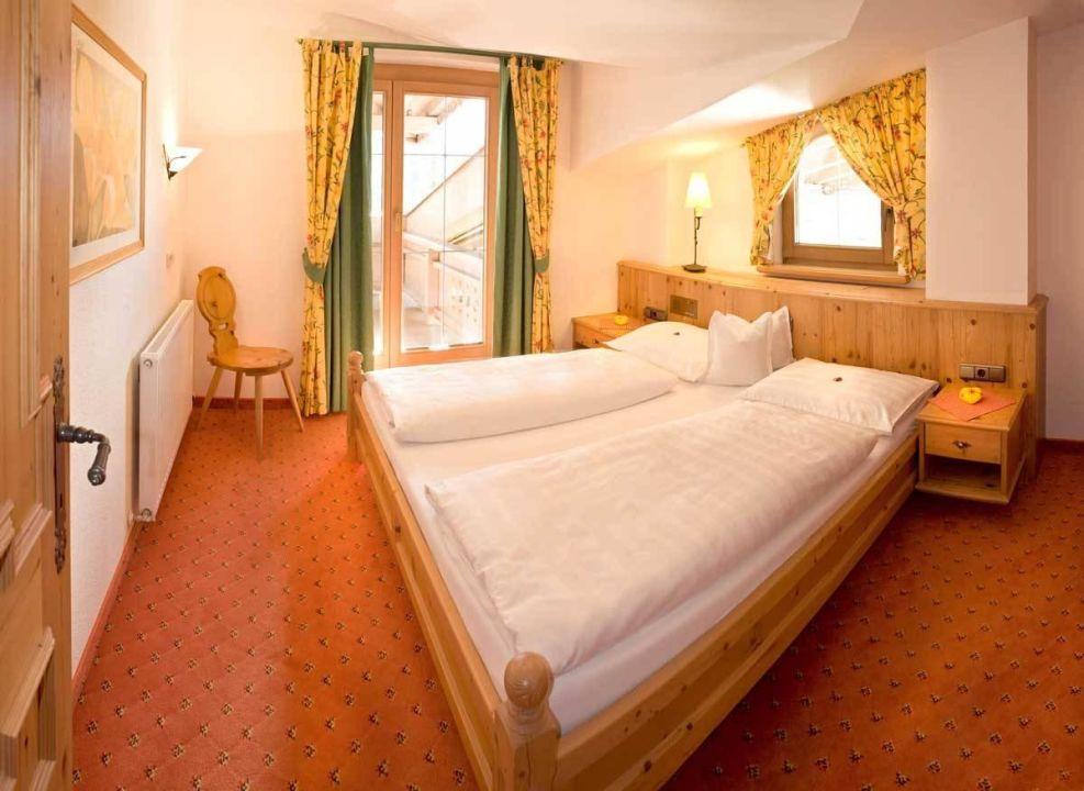 Suite Ahorn Schlafzimmer\