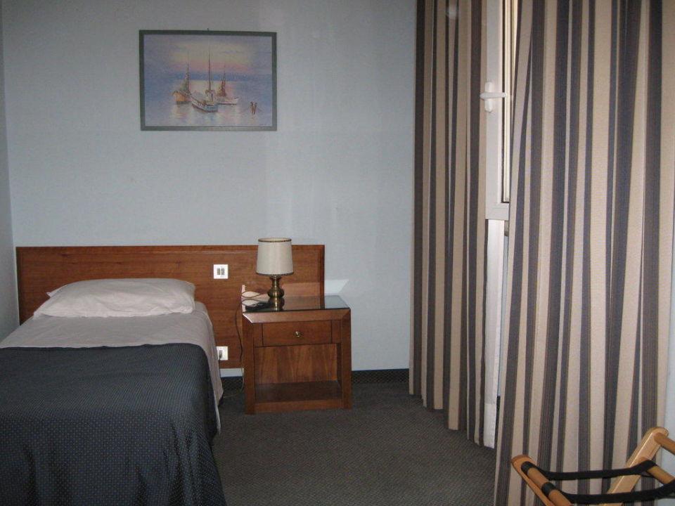 DZ 310 - 2. Bett Hotel Terminus Plaza