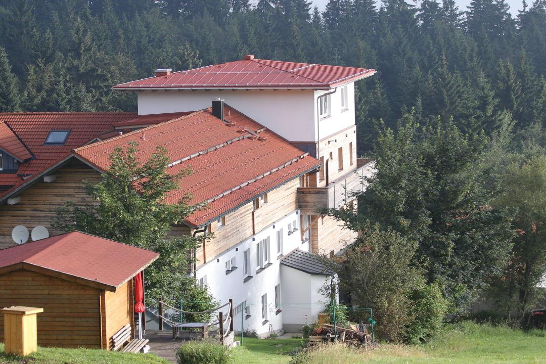 """Blick vom Hundeplatz"" Landhotel Haus Waldeck"
