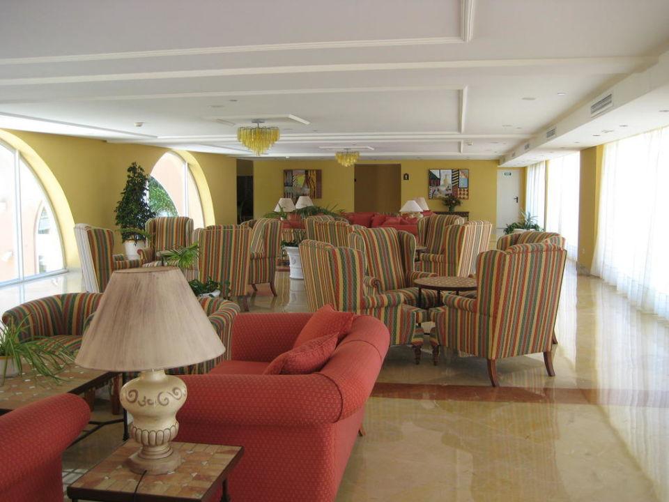 Ein Teil der Lobby Hipotels Barrosa Garden