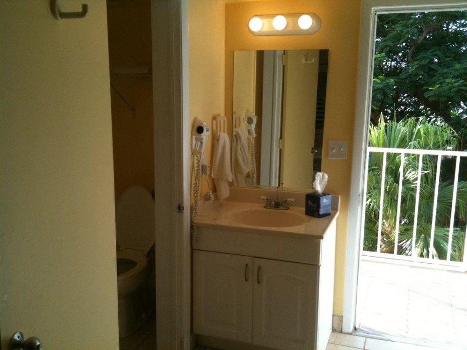 Waschbecken im Zimmer Hotel Bayside Inn Key Largo