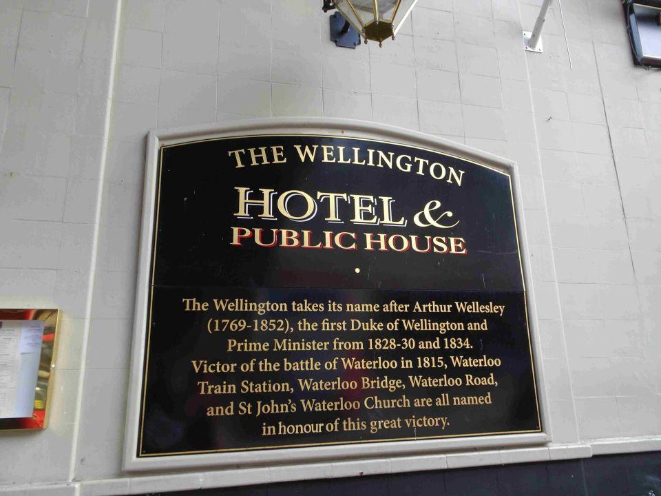 Stadtrundfahrt London The Wellington Hotel London Holidaycheck