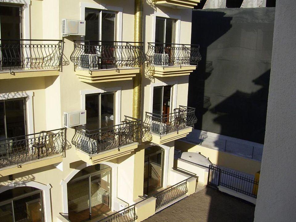 Balkonsicht Hotel Sinatra Hotel Sinatra