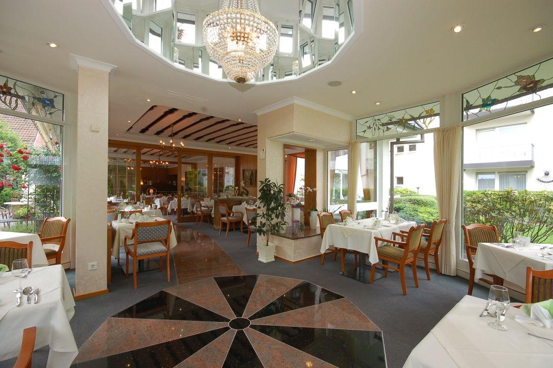 """Blick ins Restaurant"" Haus Becker Bad Laer"