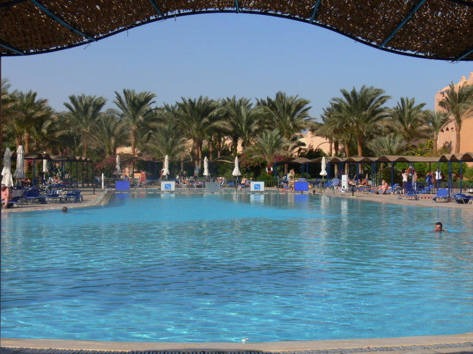 Beheizter Hauptpool Jaz Makadi Oasis Club & Resort