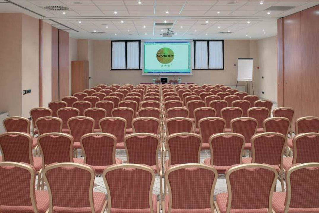 Meeting room Hotel Ovest